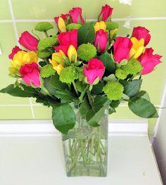 Skupiny a blogy - Všetko z blogov Glass Vase, Plants, Blog, Home Decor, Homemade Home Decor, Blogging, Plant, Interior Design, Home Interiors