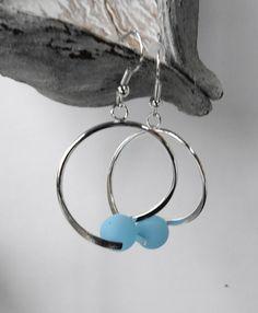 - 1 007- Boucles oreille broche perle polaris bleue / mariage / fête / anniversaire : Boucles d'oreille par perlaperles