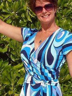Wrap dress pattern – free sewing pattern