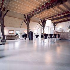 Gietvloer: Living Concrete van DRT Gietvloeren. www.drtgietvloeren.nl