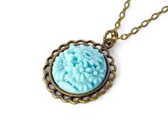 vintage style necklace Vintage Style, Vintage Fashion, Fashion Necklace, Baby Blue, Turquoise Necklace, Carving, Pendant Necklace, Floral, Jewelry