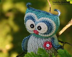 Crochet baby owl..:-) Her name is Emma and she is sweet little baby owl.  *This is a crochet pattern and not the finished item*  This pattern is written in standard American (US) terms, in English language, with step-by-step instruction and plenty pictures for succesfull completing of your work. Pattern is available for instant download. Once payment is confirmed, you will receive a link to download the pattern immediately.  **************************************************** Suggested…
