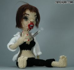 Uma Thurman's Pulp Fiction character, Mia Wallace, as a crocheted art doll - Why? For the love of all things decent: Why?