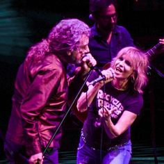 Robert Plant was joined by Chrissie Hynde for two songs during his encore at the Royal Albert Hall in London on December 8, 2017.