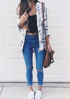 Image via We Heart It #bag #fashion #girl #hair #jean #outfit #style