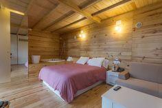 Cabaña de madera entre árboles. #Turismorural #Galicia #Outes #glamping http://cabanasdobarranco.com