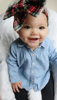 Bow | headwrap | baby girl fashion via @deuxpardeuxKIDS