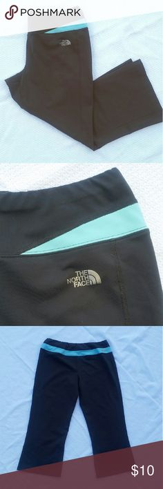 THE NORTH FACE WORKOUT CROPS Great  workout crops by The North Face in great condition. No rips, no stains,  no odors.  Color: grey with light blue. Size: M The North Face Pants Capris