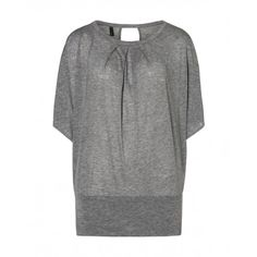 Benetton - Wide sleeve t-shirt, batwig with round collar made of cotton.