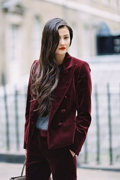 The beautiful Peony Lim , Somerset House, London, March Love this sumptuous velvet suit on Peony. So gorgeous for winter. Peony Lim, Tomboy Fashion, Tomboy Style, Velvet Suit, Vanessa Jackman, Androgyny, Fashion Colours, London Fashion, Peonies