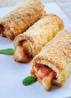 Food and Drink: Cannoli di pancarre al forno mozzarella e pomodoro...