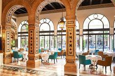 Te contamos cuáles son las 11 cafeterías más espectaculares de España y la más espectacular de Lisboa. No dejes de visitarlas en tus viajes.