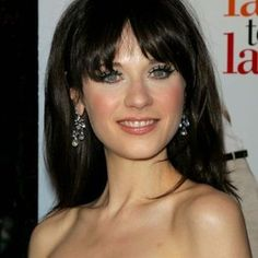Check out production photos, hot pictures, movie images of Zooey Deschanel and more from Rotten Tomatoes' celebrity gallery! Zoeey Deschanel, Celebrity Gallery, Rotten Tomatoes, Celebrities, Hot, Cinema, Pictures, Image, Girls