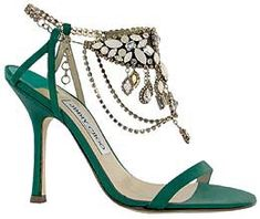 Image from http://stylewile.com/wp-content/uploads/2014/07/Jimmy-Choo-4.jpg.