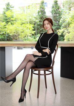 Korean Women`s Fashion Shopping Mall, Styleonme. Pantyhose Outfits, Pantyhose Legs, Nylons, Beautiful Asian Women, Beautiful Legs, Fashion Models, Girl Fashion, Gothic Fashion, Secretary Outfits