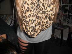 Scarf<3 Nd the LEGGINGS