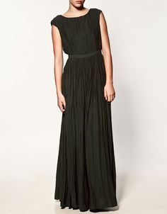 So happy I can shop at zara.com now. I can finally buy dresses like these without driving to the mall. :) #zara
