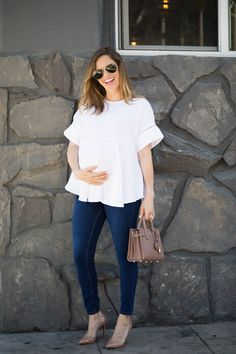 Pregnant Street Style Outfits So Chic Youll Want to Recreate Them Even If Youre Not Expecting Cute Maternity Outfits, Stylish Maternity, Maternity Wear, Maternity Tops, Maternity Dresses, Maternity Fashion, Spring Maternity, Maternity Styles, Maternity Swimwear