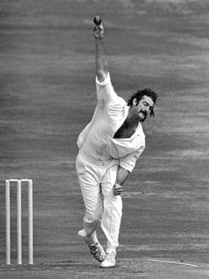 Dennis Lillee - Australia - Test Profile (Part 1) 1970s... watching the cricket with Dad & playing the test cricket board game!!