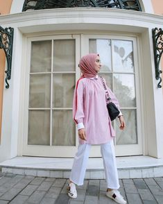 Street Hijab Fashion, Ootd Fashion, Fashion Outfits, Womens Fashion, Modesty Fashion, Casual Hijab Outfit, Muslim Women, Mode Style, Instagram Fashion
