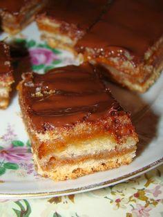 Cristina's world: Prajitura delicioasa de post, cu foi si gem French Toast, Sweets, Gem, Breakfast, Desserts, Food, Cakes, Drink, Projects