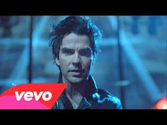 Stereophonics - Graffiti On The Train - YouTube