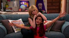 Love Sam and Cat's couch
