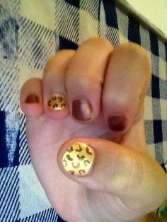 Cheetah nails...... not in salon!