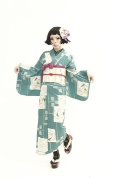 清原さん お着物撮影 最終回。の画像 | ダリヘアデザイン 高島の靭公園から徒然と Traditional Fashion, Traditional Outfits, Traditional Japanese, Costume Armour, Modern Kimono, Yukata Kimono, Wedding Kimono, Figure Photo, Japan Fashion