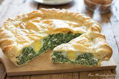 La torta pasqualina spinaci e ricotta, è una ricetta tipica della tradizione, da portare in tavola nel giorni di Pasqua, gustata fredda, è favolosa!