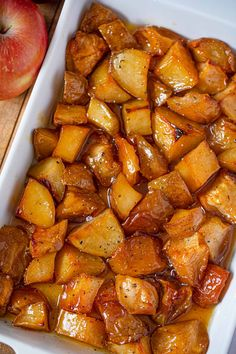Honey Roasted Apples and Potatoes are an easy, delicious side dish. Baked sweet potatoes and apples with a honey bourbon glaze topped with chopped pecans. Potato And Apple Recipe, Sweet Potato And Apple, Apple Recipes, Potato Recipes, Easter Recipes, Lemon Potatoes, Roasted Sweet Potatoes, Sweet Potato Side Dish, Side Dishes For Chicken