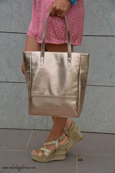 http://www.sochicbypatricia.com/2015/07/jumpsuit-corto-de-flores.html