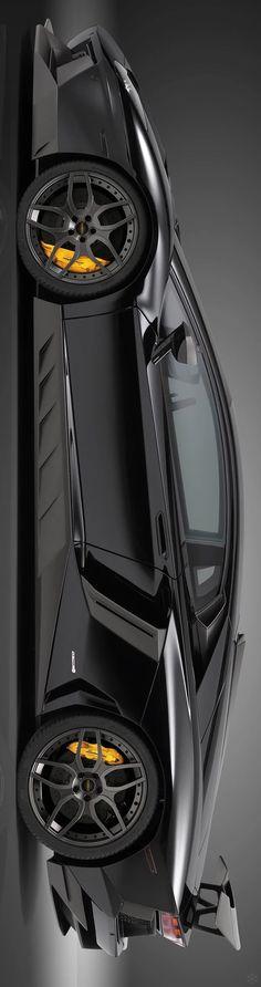 Фото: High quality black Lamborghini Aventador