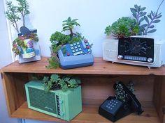 Telephone & radio planters