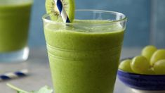 Photo of Supreme Green Smoothie by Almond Breeze Smoothie Prep, Raspberry Smoothie, Green Smoothie Recipes, Healthy Smoothies, Green Smoothies, Smoothie Cleanse, Breakfast Smoothies, Juice Cleanse, Supreme