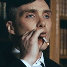 Check out all the awesome thomas shelby gifs on WiffleGif. Including all the cillian murphy gifs, peaky blinders gifs, and smoking gifs. Peaky Blinders Quotes, Peaky Blinders Series, Peaky Blinders Tommy Shelby, Peaky Blinders Thomas, Cillian Murphy Peaky Blinders, Gangsters, Peeky Blinders, Peaky Blinders Wallpaper, Boardwalk Empire