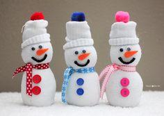 Make It: Sock Snowmen - Tutorial #crafts #handmade #sewing
