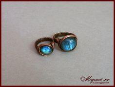 Изящные медные колечки с миниатюрными кабошонами лабрадора. - Copper rings with…