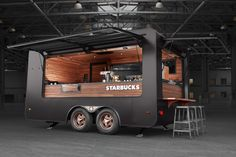 Starbucks pop up Store on Behance Food Trucks, Food Truck Catering, Food Cart Design, Food Truck Design, Container Coffee Shop, Container Cafe, Food Truck Interior, Coffee Food Truck, Mobile Coffee Shop