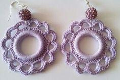 Bead Crochet, Crochet Crafts, Crochet Projects, Crochet Earrings, Beaded Jewelry, Handmade Jewelry, Cross Stitch Rose, Christmas Ornaments To Make, Tatting Patterns