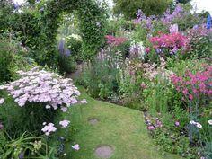 Grafton Cottage ~ pink-mauve-white border