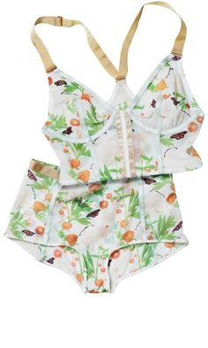 Lingerie - Floral & Longline Factor, I own this set! Cuteness!