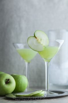 Green Apple Ginger Martini on gourmandeinthekitchen.com