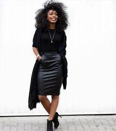 Fall | Winter | Herfst | Office | Work | Business | Kantoor | Werk | Outfit | Clothes | Look | Black | Zwarte | Leather | Leren | Skirt | Top | Inspiration | More On Fashionchick Mesh Tops, Ladies Fashion, Womens Fashion, Office Looks, Showgirls, Leather Skirt, Fall Winter, Glamour, My Style