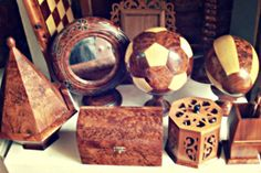 Lavorazione artigianale legno di #Thuya  #Essaouira #smARTraveller http://smartraveller.it/2014/04/09/la-storia-antica-di-essaouira
