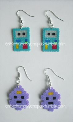 bmo and lsp oh my glob Easy Perler Bead Patterns, Perler Bead Templates, Fuse Beads, Pearler Beads, Perler Earrings, Abenteuerzeit Mit Finn Und Jake, Iron Beads, Melting Beads, Beaded Cross Stitch