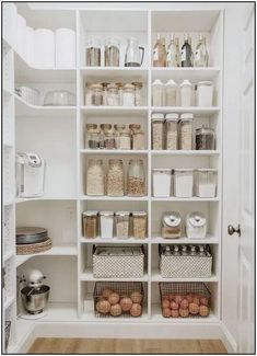 pantry organization ideas - simple modern kitchen design inspiration for the hom. - pantry organization ideas – simple modern kitchen design inspiration for the home Best Picture Fo - Kitchen Pantry Design, Modern Kitchen Design, Home Decor Kitchen, Home Kitchens, Kitchen Hacks, Diy Kitchen, Kitchen Layout, Modern Design, Simple Home Design