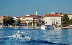 Poreč (tal. Parenzo, lat. Parens ili Parentium) je grad u Hrvatskoj smješten na zapadnoj obali poluotoka Istre. Skinite android aplikaciju