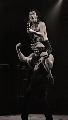 """nyekyoung: """"Angus Young and Brian Johnson , AC/DC """" Hard Rock, Heavy Metal, Rock And Roll Bands, Rock N Roll Music, Ac Dc Rock, Bon Scott, Greatest Rock Bands, Pop Rock, Rock Posters"""