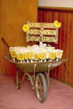 Sunflower Bridal Shower Favors 44 New Ideas Cheap Party Favors, Creative Wedding Favors, Inexpensive Wedding Favors, Beach Wedding Favors, Wedding Favors For Guests, Wedding Reception, Reception Ideas, Wedding Tokens, Wedding Souvenir